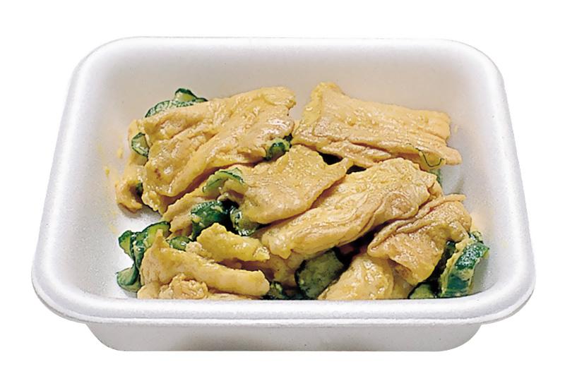 麩の辛子和え 越前焼麩を利用し、きゅうりスライスとみそ、洋辛子であえてあります。