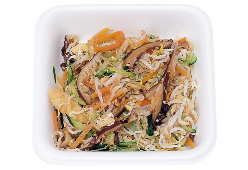 五目酢の物 五品種の野菜類が主体に食酢で味付けしてございます。